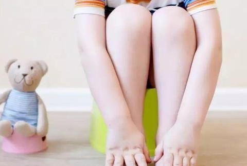 孩子如厕训练困难?做好3方面准备,孩子顺利学会自主如厕