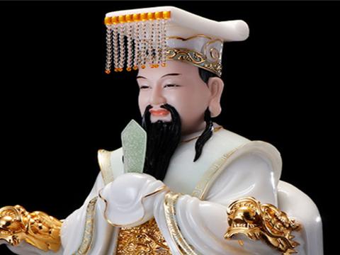如来佛祖接连问了5次,才将孙悟空压在五行山下,他在担心什么?
