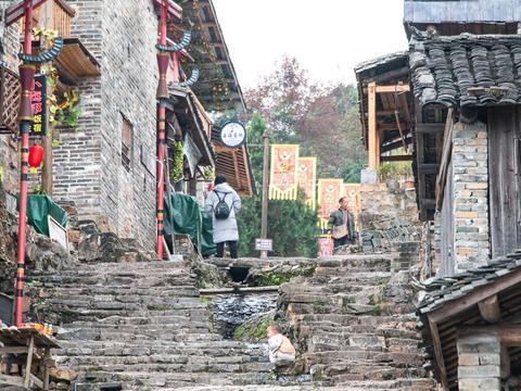 广东千年瑶寨,行走在台阶上的新生活