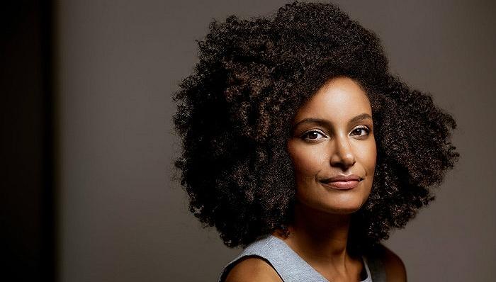 美国小说家基莉·里德:有可能以幽默的方式书写种族议题小说吗?