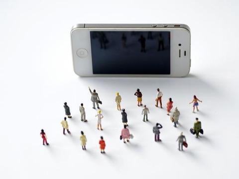 """手机店老板透露:网购手机和实体店买手机,差距""""一目了然"""""""