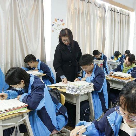 云南衡水实验中学补习学校名师讲授2021高考英语备考策略