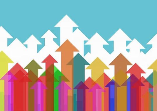 在经济复苏的前提下,哪种理财产品更适合普通投资者参与?