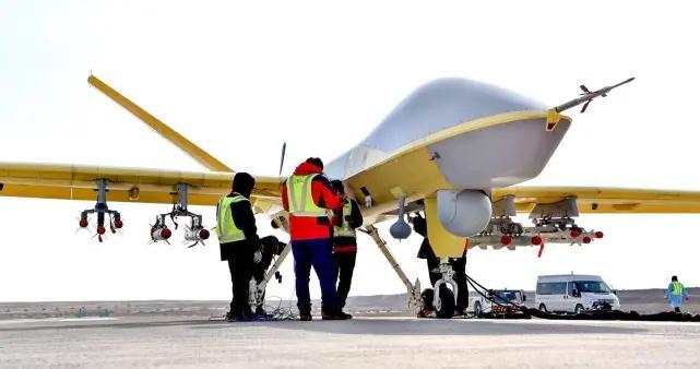 翼龙II无人机装备新型空地导弹,挂弹数量猛增