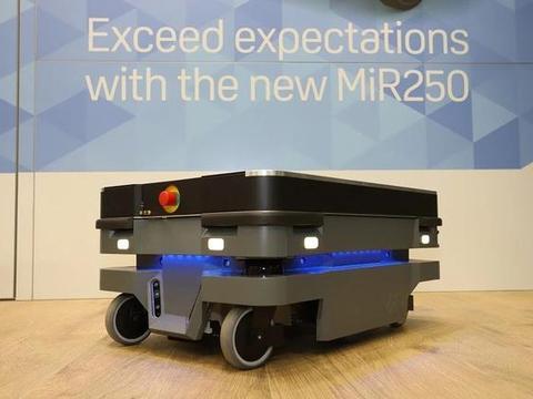 推动内部物流改革,MiR250自主移动机器人获创新高效智慧产品奖