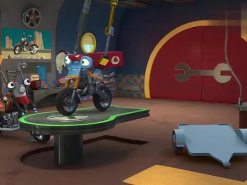 瑞奇冲冲冲:洛普的轮胎坏了,麦克斯韦快帮忙修修,洛普很着急呀