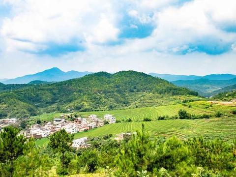 广东也有千亩梯田,知道的人很少,四季有旖旎风光,来享受宁静吧