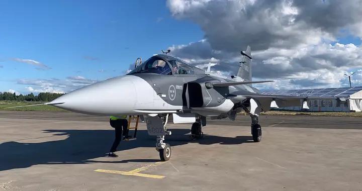 鹰狮轻型战斗机,多国组装货并不落伍,小国军用航空最后的尊严
