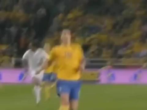 无法复制的五个神奇进球,卡西成为范佩西的背景板