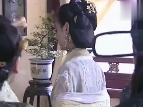小鱼儿与花无缺:江玉燕暗示刘喜,刘喜一下就明白她的意思