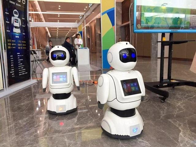 中国机器人巨头打破垄断,产品远销40多个国家,半年吸金超12亿