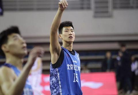 李玮颢!2021年CBA选秀的大热门,国奥队中的大学生球员