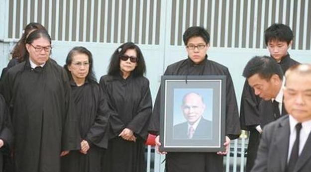 霍英东一生挚爱冯坚妮,被宠52年,低调做二房