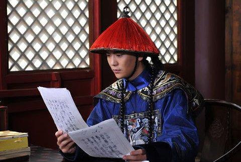 他是《甄嬛传》的温太医,女朋友是曹贵人,真实身份不简单?