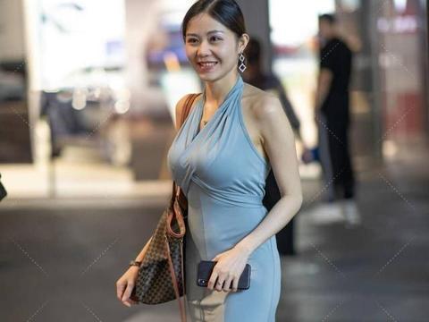 绸缎连衣裙,丝滑般的感觉,舒适又大气