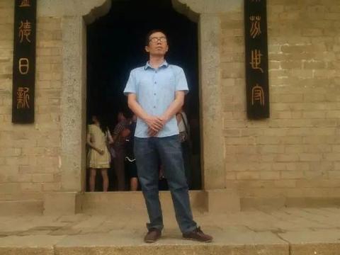 易志斌凭14字入了12届国展,将《张猛龙碑》笔意发挥到极致