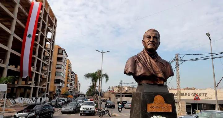 黎巴嫩为苏莱曼尼竖立雕像引发争议,有人喜欢有人厌恶