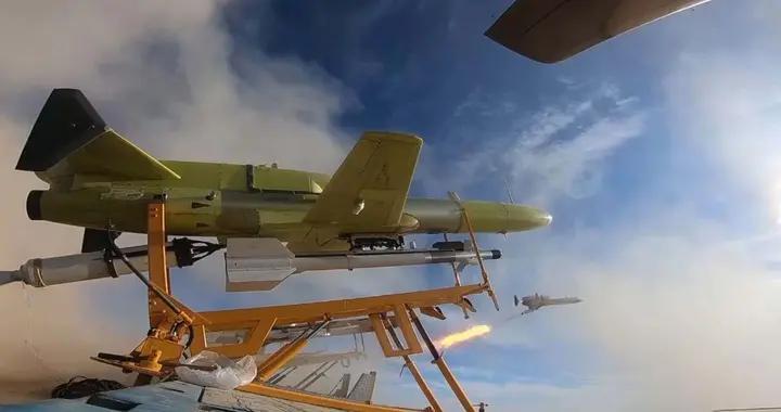 伊朗无人机试射空空导弹,美媒称拦截它更加困难