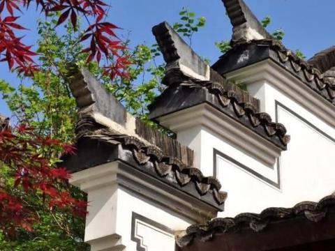 门对天子一秀峰,窗含双溪两清流,号称浙江最美的乡村,想来吗?