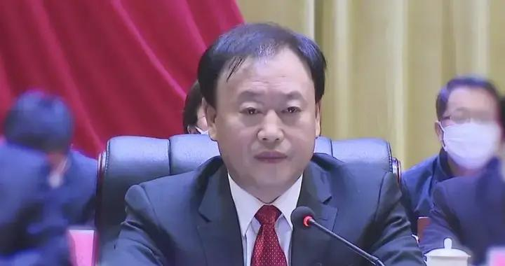 邵礼青当选为响水县人大常委会主任