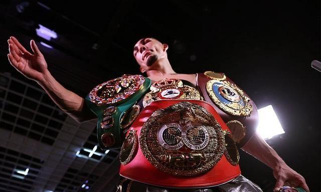 轻量级拳坛霸主洛佩兹:梅威瑟给了我启示,我将时刻保持纪律性!