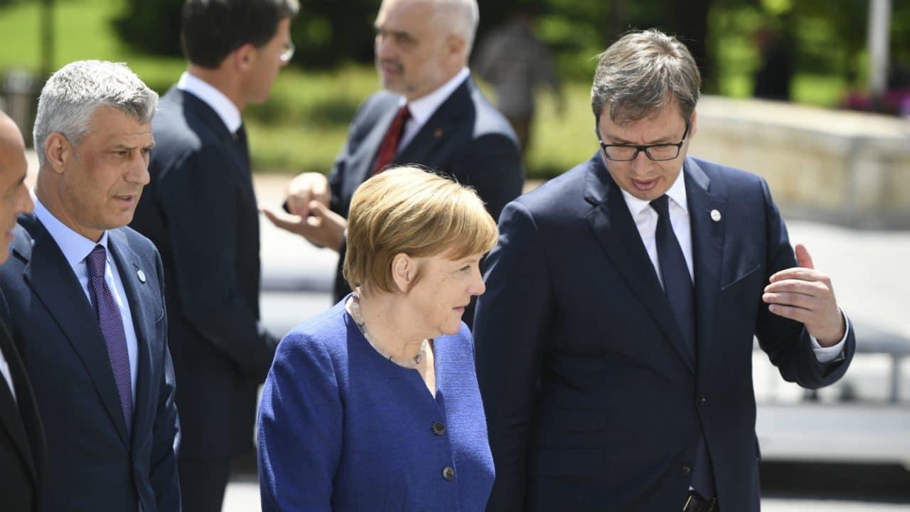 """德国的态度十分蛮横:全力支持科索沃""""独立"""",步战坦克随后送抵"""