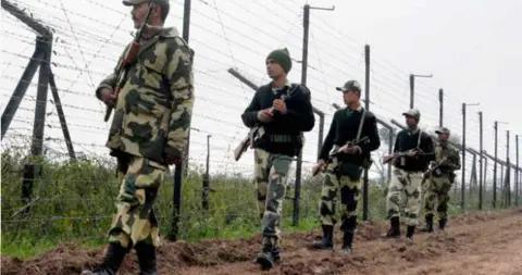 印军方:6名巴基斯坦人越境印度 已将其遣返