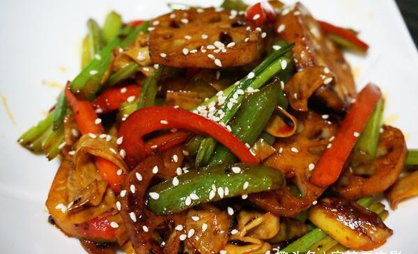 孜然花菜,山椒蒸桂鱼,炒花蛤的做法!