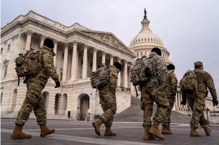 为防军事政变,华盛顿进入紧急状态,美国防部增派1.5万士兵