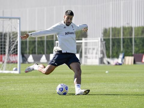 意媒:赫迪拉希望加盟英超球队 但是还没有收到任何报价