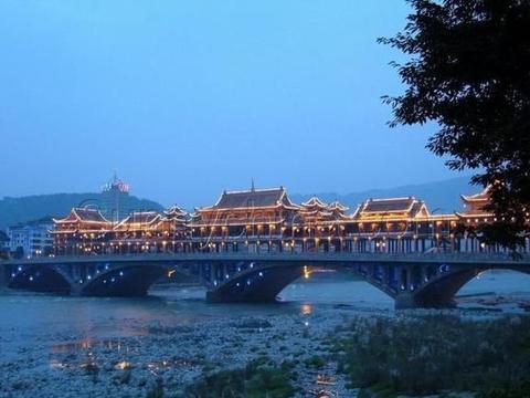 雅安市8个区县最新人口排名:雨城区37万最多,宝兴县6万最少