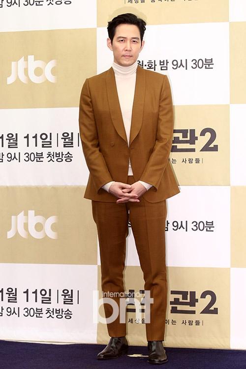 李政宰以韩剧《辅佐官》张泰俊角色 特别出演SBS韩剧《飞吧开天龙》