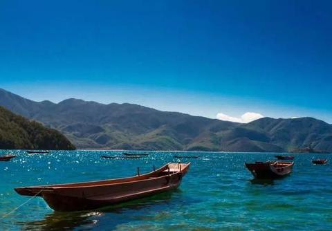同样风景优美,为何西湖比泸沽湖更加吸引人?