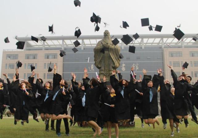 三本毕业的大学生,如何超越985的同学?方法在这儿,照做就行