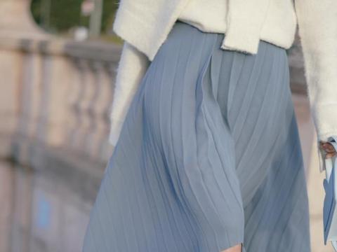 建议小个子女人,秋冬穿搭少碰短靴,多穿长靴,视觉上更容易显高