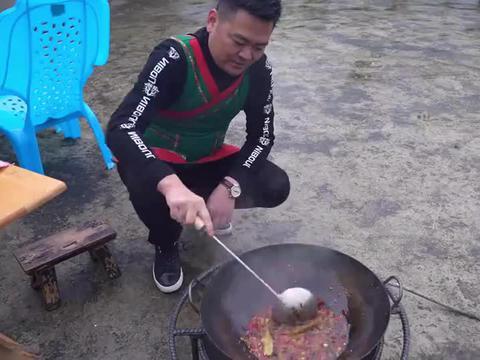 5斤牛腩招待朋友,农家院吃汤锅,真过瘾
