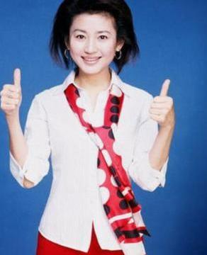 从30岁下岗失业到央视名嘴,王小丫:命运从不会亏待直面危机的人