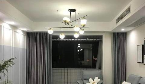 新房从入户就开始漂亮,电视墙大气,厨房真实用,超有品