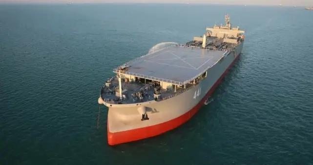 伊朗海军实力大增,航母级作战巨舰现身,可加强控制霍尔木兹海峡