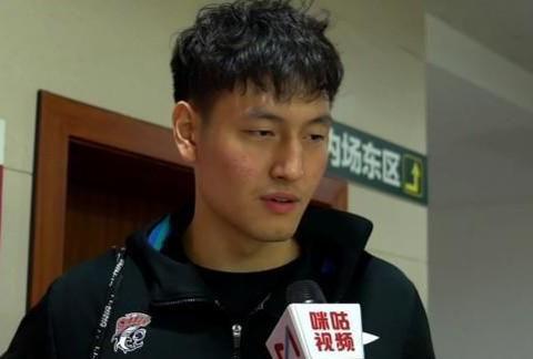 CBA选秀第29轮表现:郑祺龙20+6难救主,杨皓喆表现伤害球队