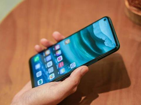 两千左右价位的5G手机怎么选,懂行的人只推荐这四款,很值!