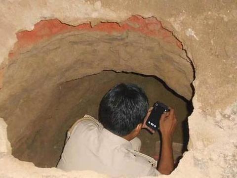 度男子为盗金库,花两个月挖了40米地道,却因钱没搬完被抓!