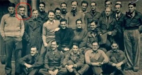 二战最大胆越狱:一群学霸战俘用床单、木头和小米粥造了架滑翔机