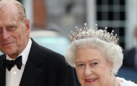 """女王为菲利普亲王百岁生日""""退居二线""""?警告哈里梅根:自觉点!"""