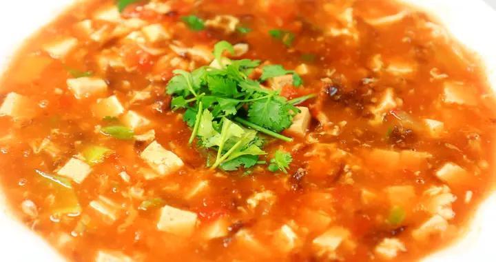 冬天快速喝汤秘籍,不用长炖久等,10分钟喝上暖冬番茄豆腐汤
