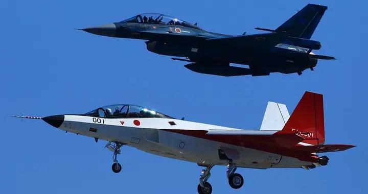 高价邀请F-22母公司500名专家 共同设计 日本五代机来了