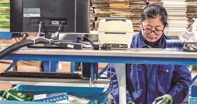 云龙区大力实施重点企业培育推动产业转型升级