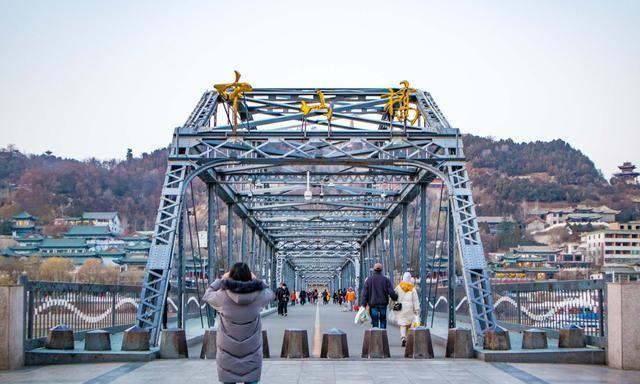 兰州旅行,80%的游客都去中山桥而忽视它旁边的这座桥梁博物馆