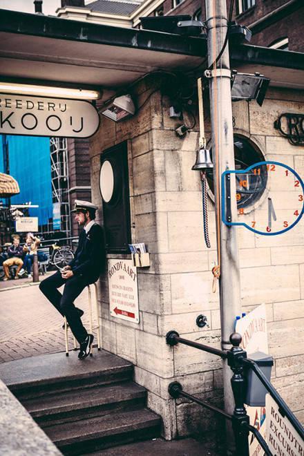 想在阿姆斯特丹的街角,给你寄张明信片