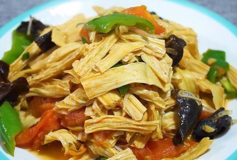 清炒腐竹有技巧,做法简单,好吃入味,家人都喜欢